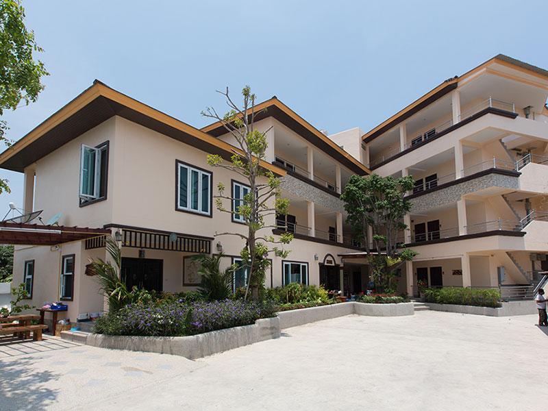 บ้าน น้ำปูน รีสอร์ท (Baan Nam Poon Resort)